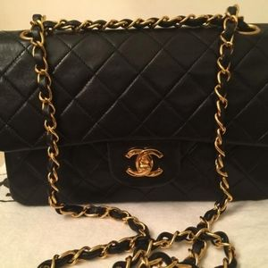 Chanel Classic Flap Medium Black Lambskin …